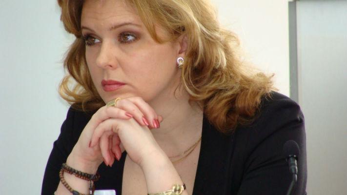 Roberta Anastase suparata