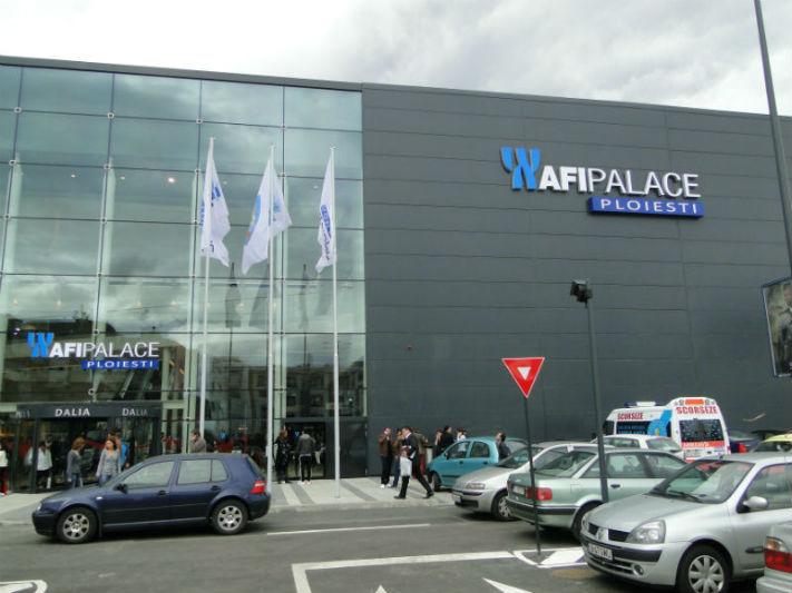 Mall-ul AFI Palace Ploiesti a fost evacuat. ISU Prahova a anuntat un motiv de-a dreptul hilar