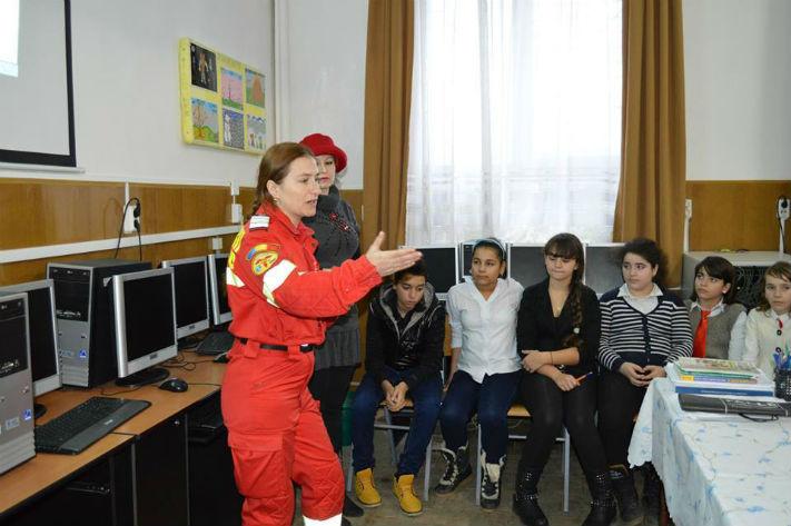 ISU Prahova: 55 de unitati scolare din judet nu detin autorizatii de securitate la incendii. VEZI LISTA