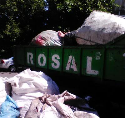 Rosal Ploiesti avertizeaza primaria ca s-a ajuns la imposibilitatea ridicarii deseurilor menajere