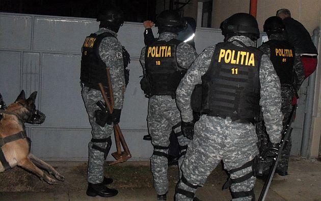 Perchezitii in judetul Buzau, la indivizi acuzati de evaziune fiscala si spalare de bani