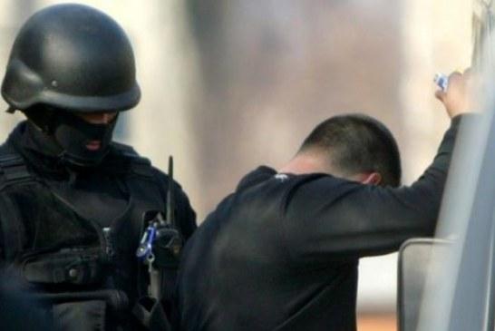 Blejoi: Un afacerist care a adus marfa contrafacuta, deranjat de dimineata de politisti