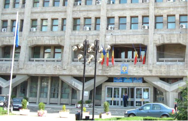 Consiliul Judetean Prahova angajeaza un consilier juridic. Afla detalii