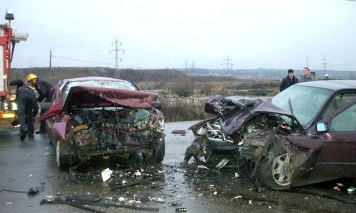Accident cu trei victime pe DN1, la Movila Vulpii