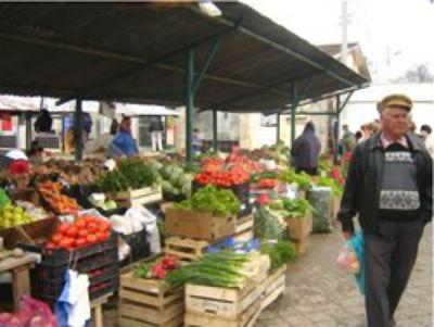Piata Mare din orasul Breaza se modernizeaza cu peste 600.000 de euro. Numai ca nu se stie cand…