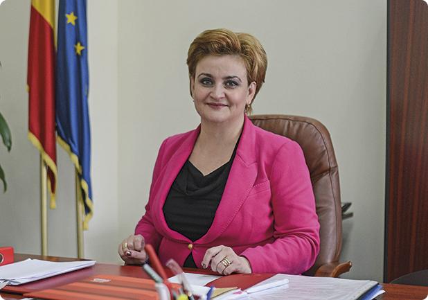 Noii ministri ai Mediului si pentru Relatia cu Parlamentul au depus juramantul. Gratiela Gavrilescu este la al doilea mandat (VIDEO)