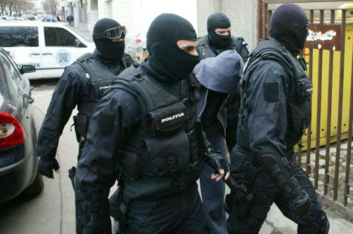 Perchezitii in Prahova, Ilfov, Sibiu si Bucuresti, la suspecti de evaziune si spalare de bani