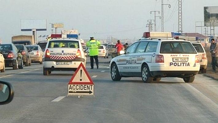 Accident pe DN1, la intersectia cu drumul spre Paulesti. Sase victime si patru masini avariate (UPDATE)