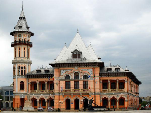 DIICOT a gasit un grup infractional la Primaria Buzau