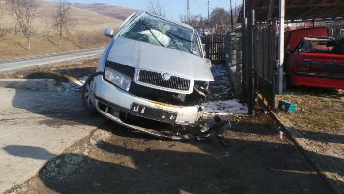 Un pusti de 19 ani, din Bucuresti, a provocat un accident grav la Banesti, pe DN1