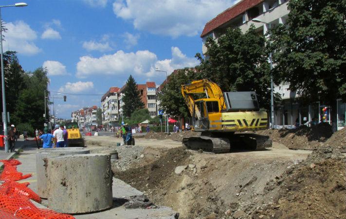 SC Cast SRL a reziliat unilateral contractul cu HidroPrahova, pentru canalizarea din Campina