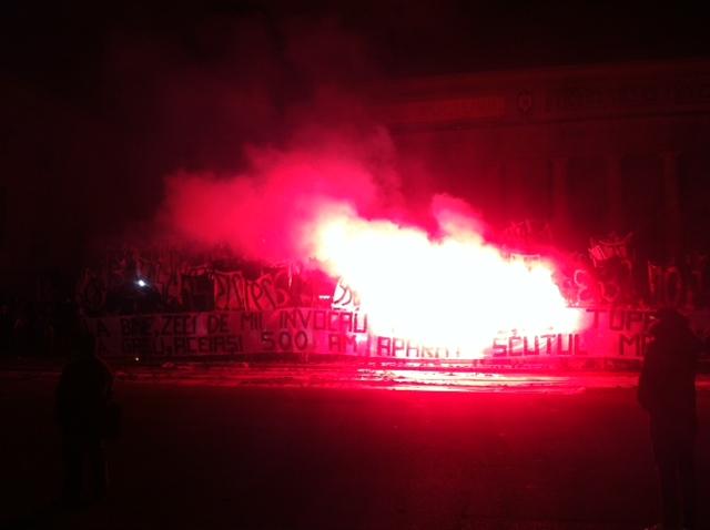 Suporterii FC Petrolul se aleg cu dosare si sanctiuni dupa manifestatiile din Ploiesti