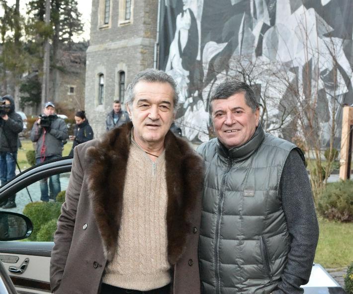Gigi Becali, vizita surpriza la Palatul Cantacuzino din Busteni