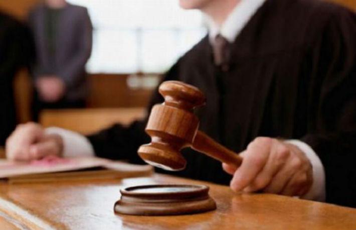 Un fost magistrat de la Curtea de Apel Ploiesti, trimis in judecata de catre DNA, a fost achitat in prima instanta