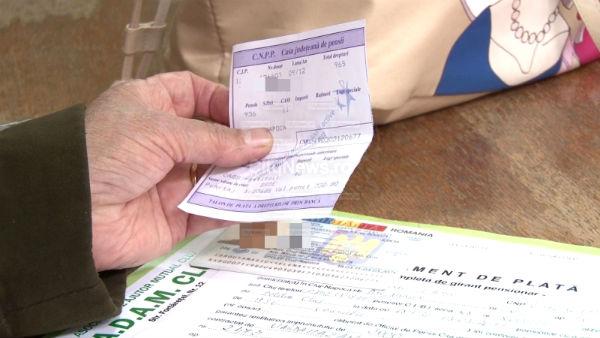 Pensionarii primesc banii pana pe 24 decembrie