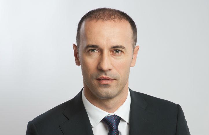 """Iulian Dumitrescu: """"Cei care alimenteaza teoria interventiei presedintelui Iohannis in competitia interna din PNL il desconsidera"""""""