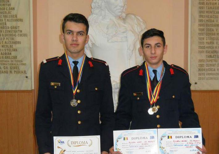 Doi elevi de la Colegiul Militar din Breaza au fost laudati de catre MApN pentru performantele sportive
