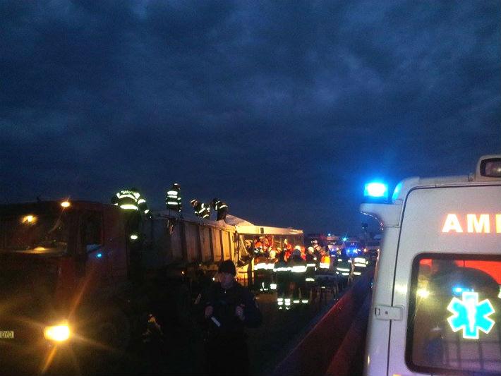 Prahova: FOTO accident DN1. Care este starea celor de 28 de raniti si cine a murit (UPDATE)