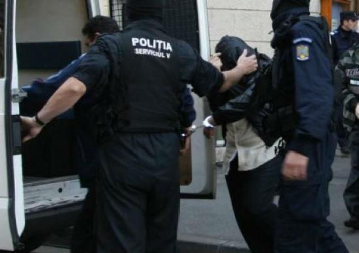 Perchezitii in Prahova si alte noua judete, intr-un dosar cu 7 milioane de lei paguba