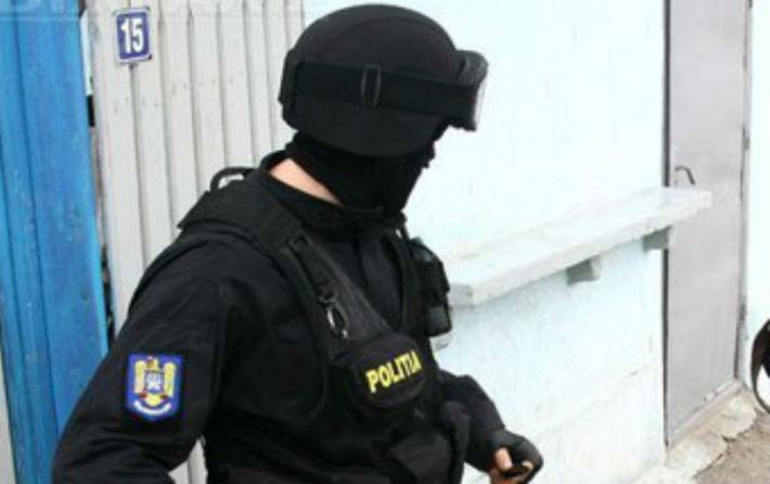 Un infractor cunoscut din Breaza a fost dat in urmarire, dupa ce o instanta a decis ca trebuie arestat preventiv (UPDATE)