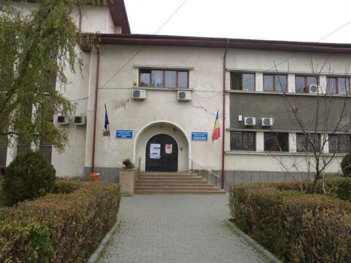 Un motiv penibil a blocat inscrierea profesorilor din Prahova la concursul pentru functiile de directori