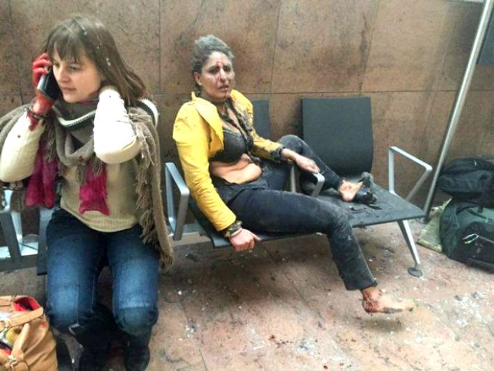 O jurnalista nascuta in Ploiesti, in mijlocul exploziilor de la Bruxelles. Vezi ce a descris