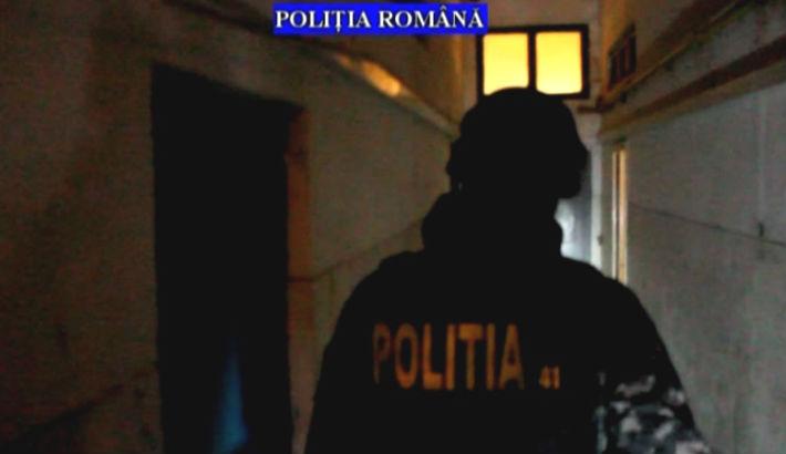 Ce au descoperit politistii prahoveni la persoanele din Baicoi, suspecte de furt (VIDEO)