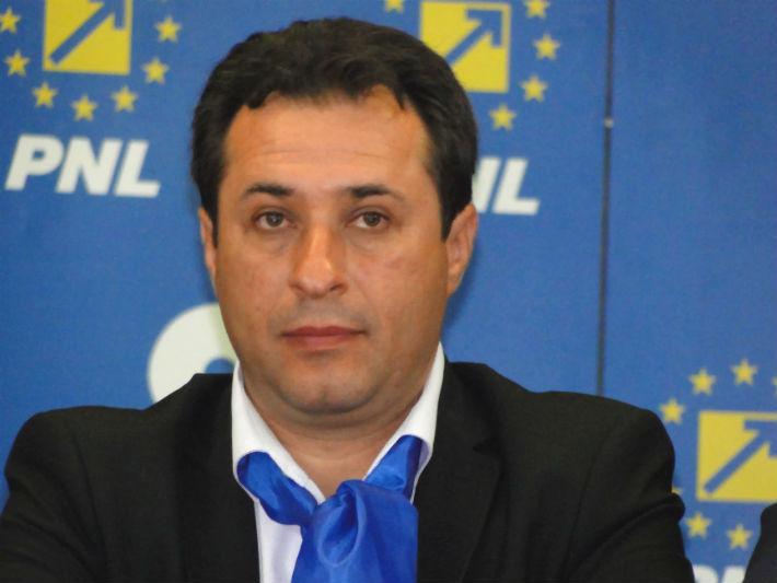 Candidatul PNL Valenii de Munte, Gabriel Chivaran, vrea sa obtina functia de primar