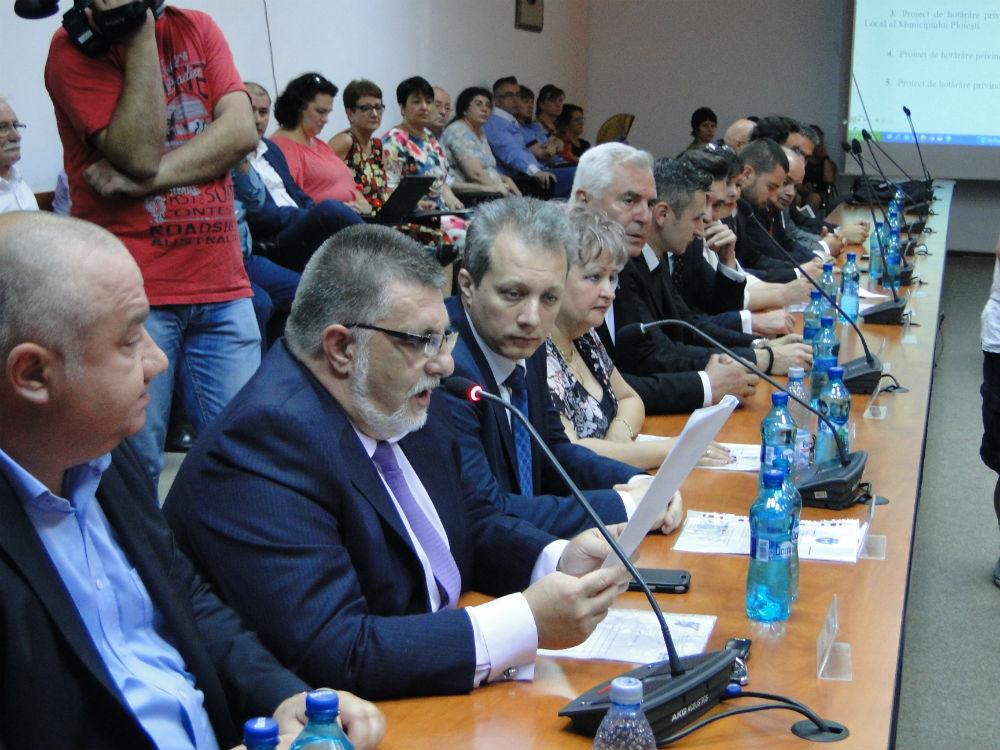 PSD Ploiesti pune presiune pe primarul Adrian Dobre, in criza transportului de calatori