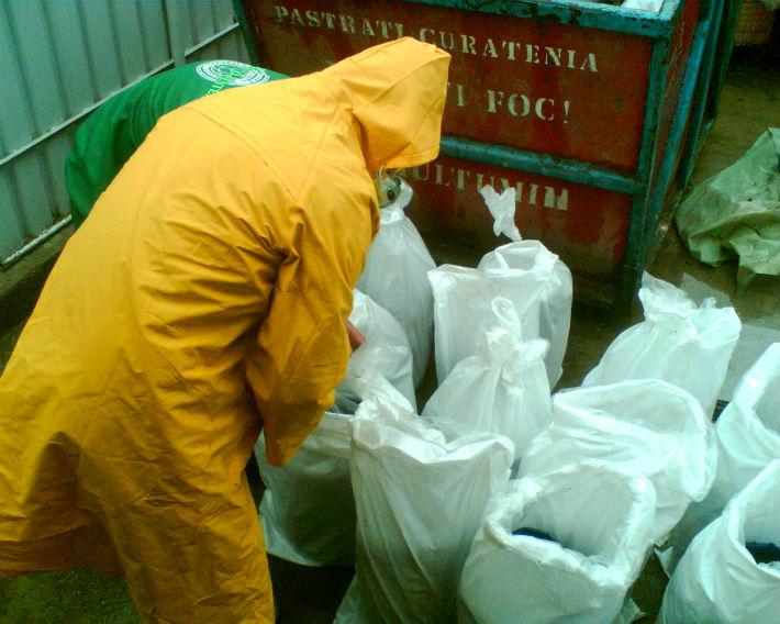 Plopeni: O firma s-a ales cu dosar penal pentru ca a depozitat deseuri dupa expirarea acordului de mediu