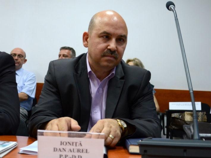 Un fost senator de Prahova, implicat intr-o afacere cu iz penal