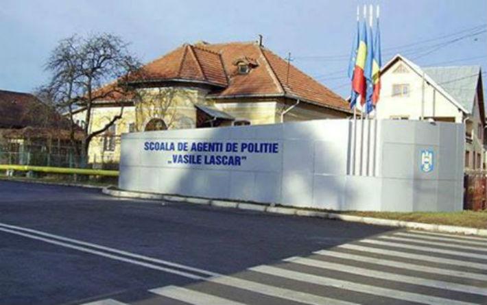 Inghesuiala mare la Scoala de agenti de politie din Campina. Sunt 5 candidati pe un singur loc!
