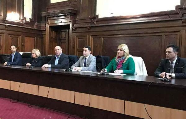PSD Prahova, prin Comitetul Executiv, a anuntat ca e trup si suflet langa Dragnea si Grindeanu