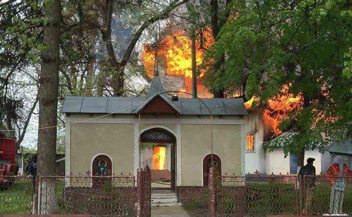 incendiu-biserica