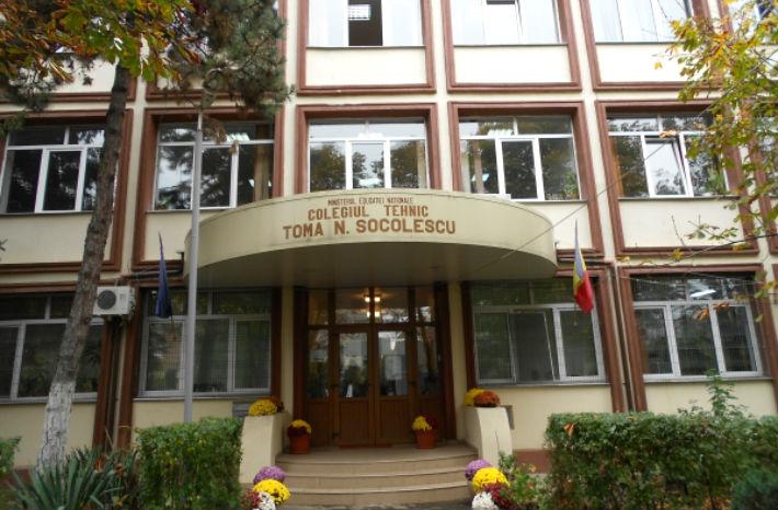 """Doi profesori de la Colegiul Tehnic """"Toma N.Socolescu"""", din Ploiesti, trimisi in judecata pentru mita"""