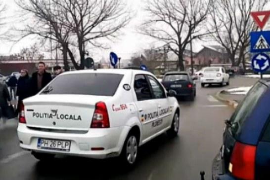 Incident cu doi politisti locali din Ploiesti: Au refuzat sa sanctioneze vanzatorii neautorizati, apoi au fugit ! (VIDEO)