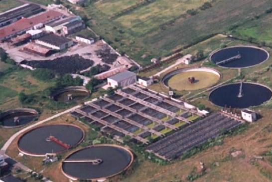 Ploiesti: Statia de tratare a apei are sase decenii, iar amenzile pe mediu curg. La noua statie, pe fonduri europene, se lucreaza din 2007!