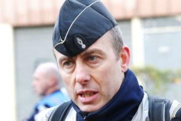 Un ofiter de jandarmerie, din Franta, si-a dat viata ca sa salveze un ostatic in incidentul de vineri