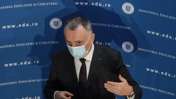 ministrul Educatiei Sorin Cimpeanu